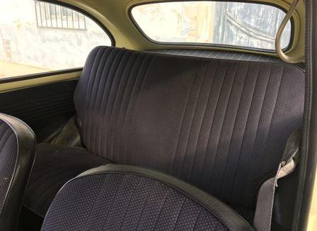 SEAT 600 L lleno