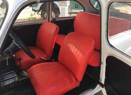 SEAT 600 D lleno